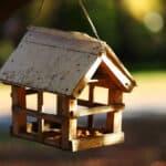 Comment fabriquer une cabane à oiseaux ou un nichoir [Pas à pas].
